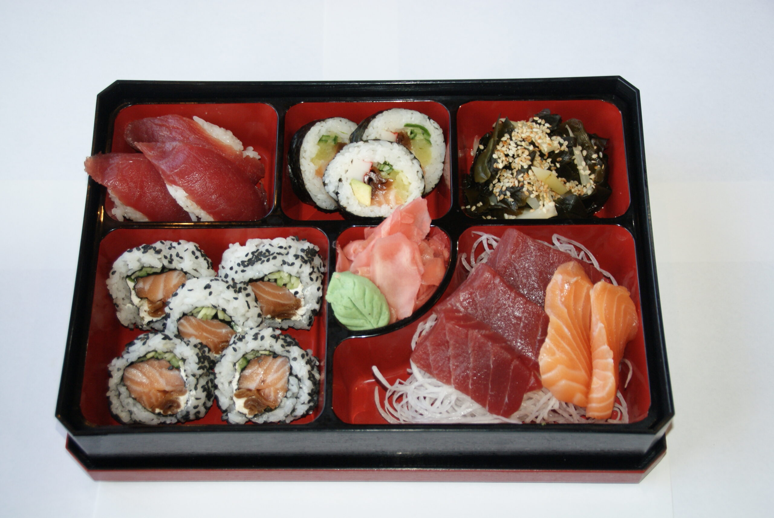 lunch maguro-tekka (lunch od pon-pi do godz 15)