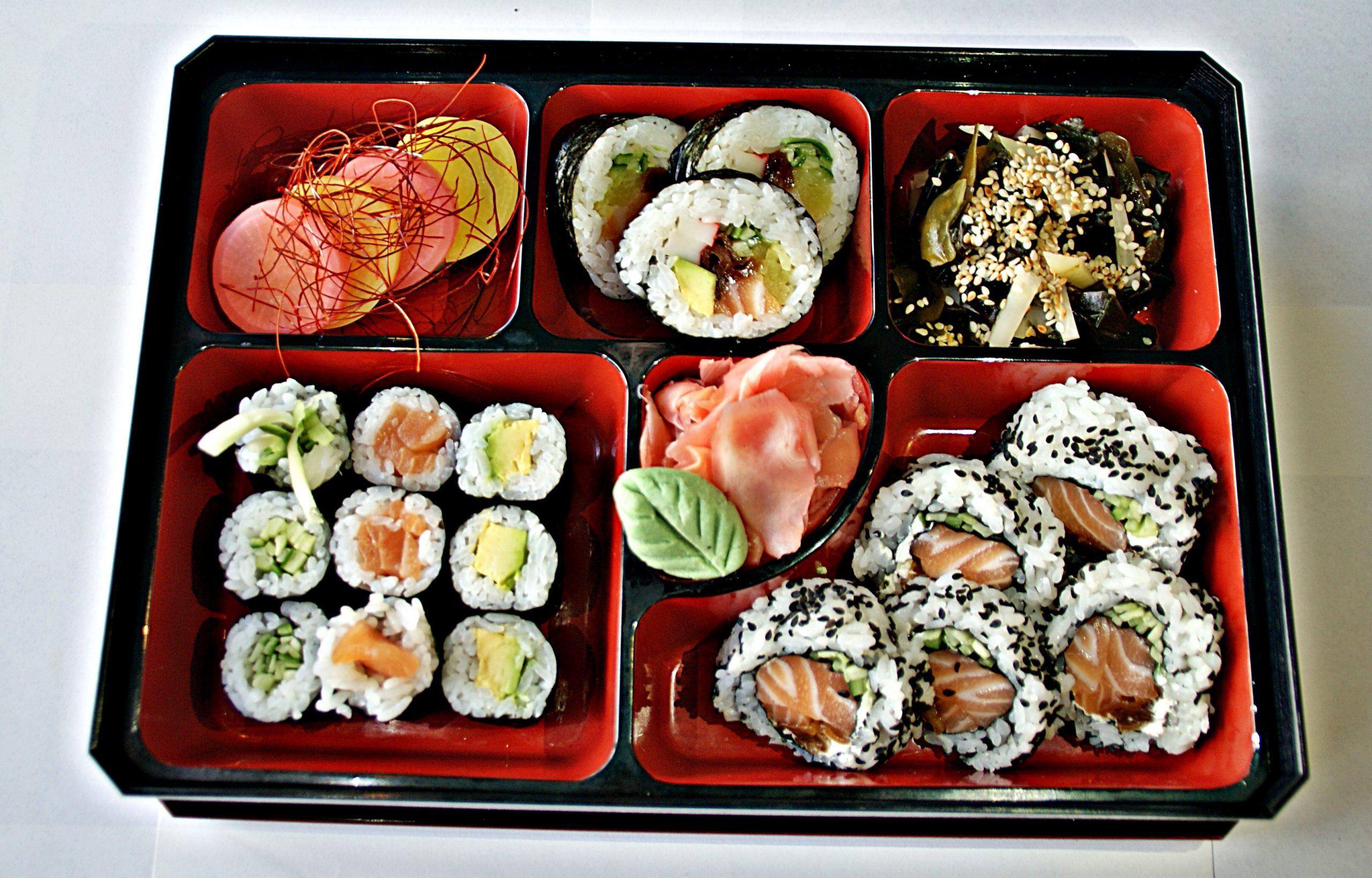 lunch maki maki